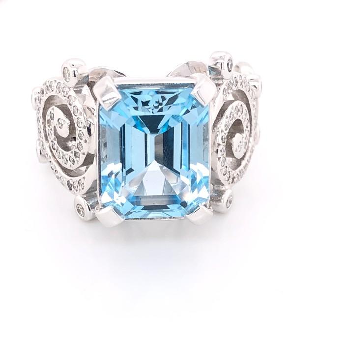 Кольцо из белого золота Бриллиант и Топаз арт. 81621791 81621791