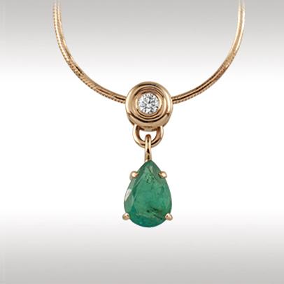 Золотое колье с бриллиантом, изумрудом и цепью золотой арт. 89715 89715