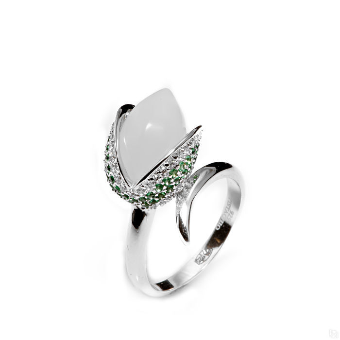Серебряное кольцо Фианит арт. r906748m r906748m