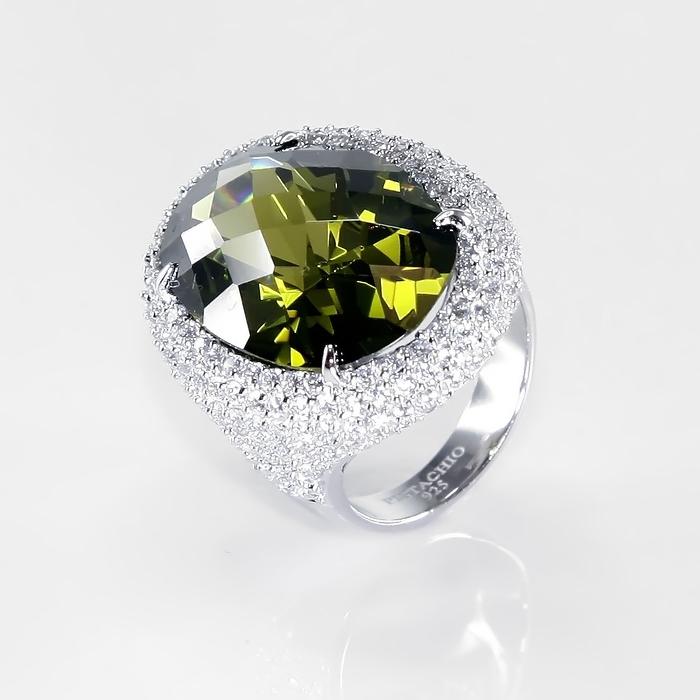 Серебряное кольцо Фианит арт. r904032-b r904032-b