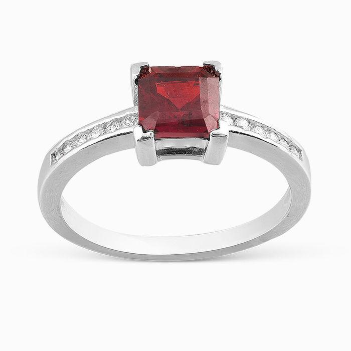 Серебряное кольцо Гранат и Фианит арт. 05670 05670