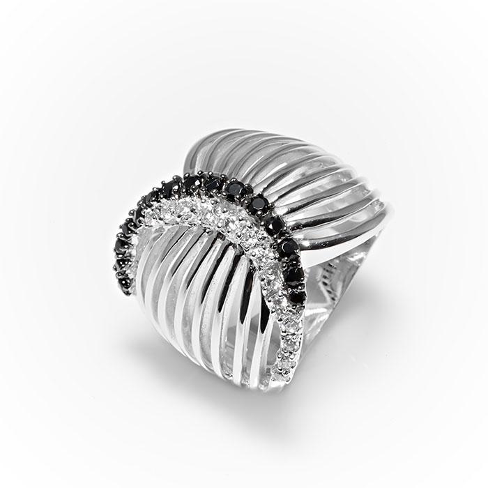 Серебряное кольцо Фианит арт. r906998 r906998