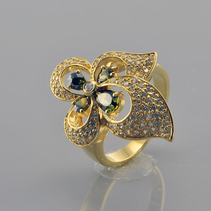 Серебряное кольцо Фианит арт. r906929-a r906929-a