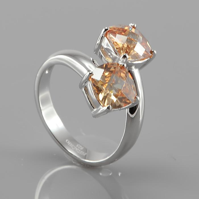 Серебряное кольцо Фианит арт. r900079-b r900079-b