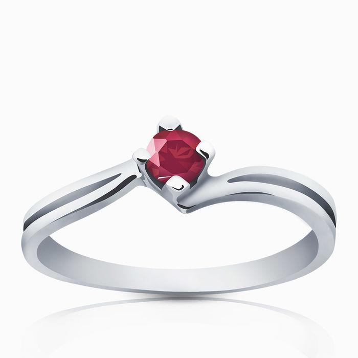 Серебряное кольцо Рубин арт. 00176 00176