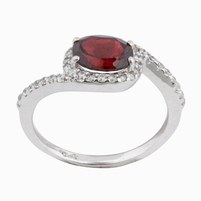 Серебряное кольцо Прочие и Фианит арт. 16202 16202