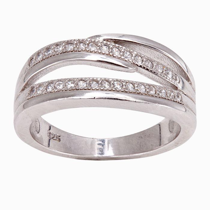 Серебряное кольцо Фианит арт. 15564 15564