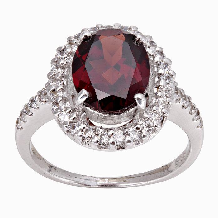 Серебряное кольцо Гранат и Фианит арт. 05081 05081