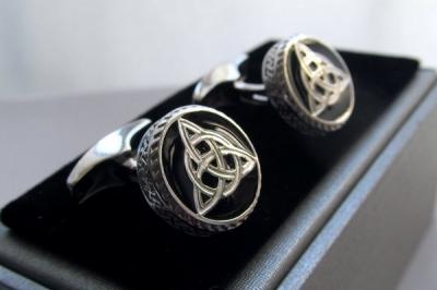 Серебряные запонки с эмалью арт. 140034 140034