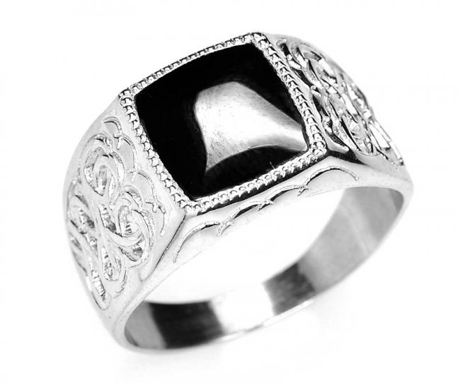 Серебряная печатка с фианитом Фианит арт. в3-271кф-21 в3-271кф-21