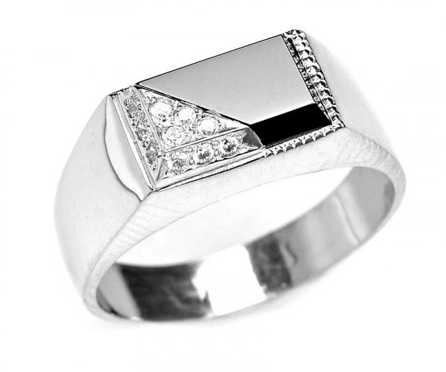 Серебряная печатка с фианитом Фианит арт. в3-126кф-19.5 в3-126кф-19.5