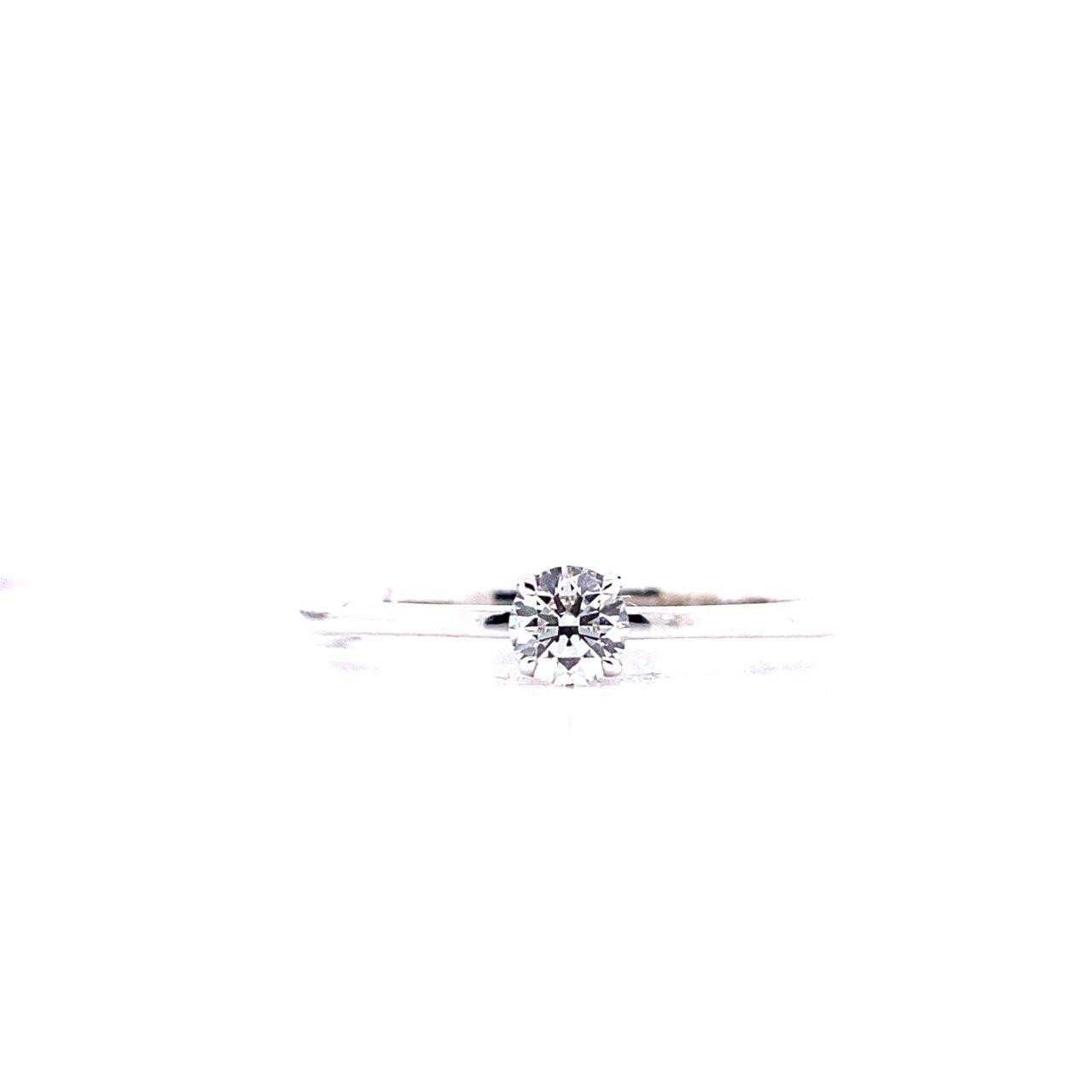 Помолвочное кольцо из белого золота с бриллиантом 5101SH022