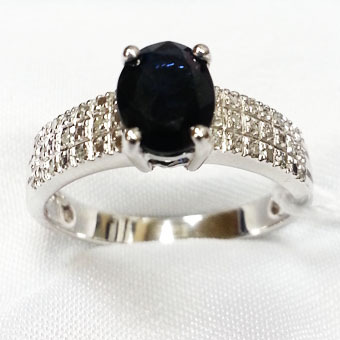 Кольцо из белого золота Бриллиант и Сапфир арт. 555016бс 555016бс