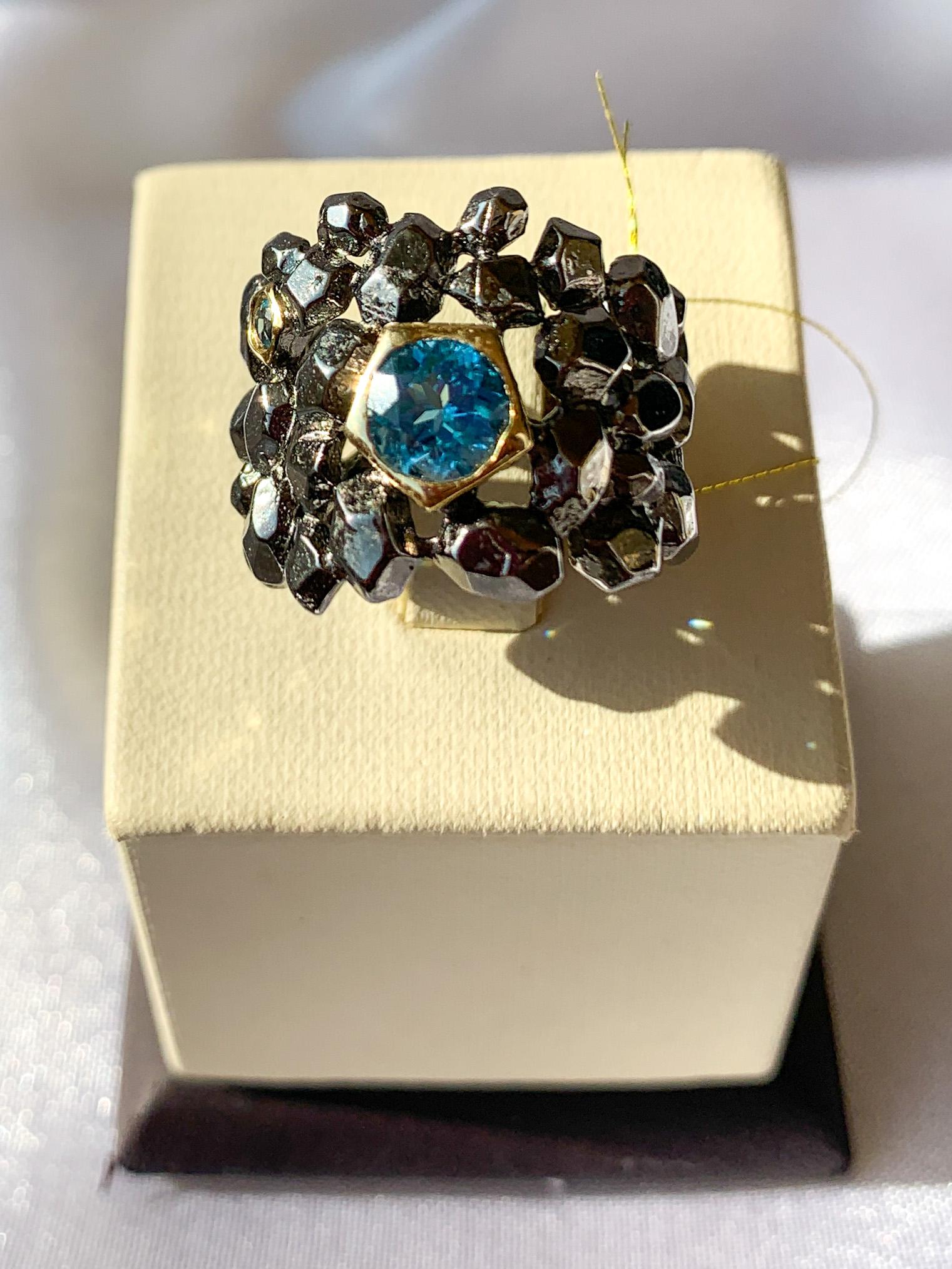 Кольцо серебряное с позолотой 00981