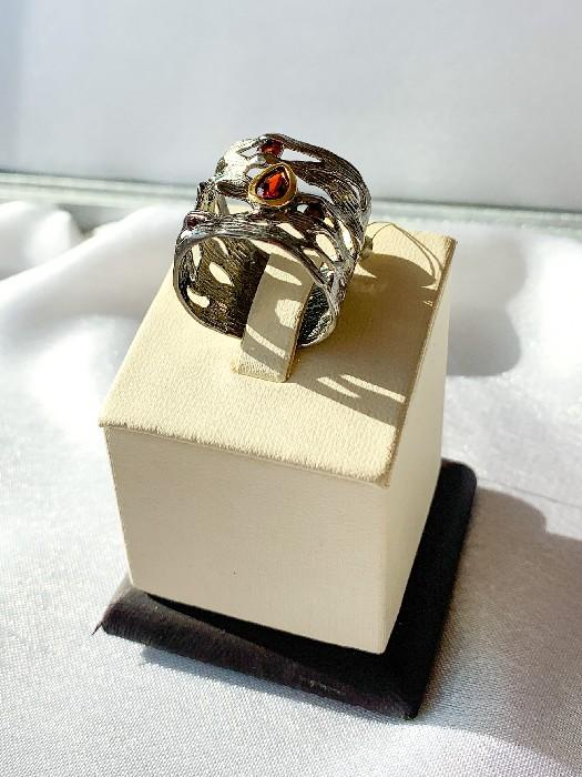 Кольцо серебряное с позолотой 01015