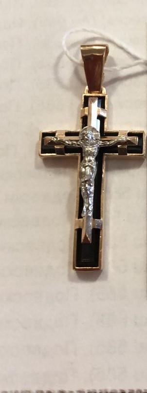Золотой крест с ониксом арт. ПОникс108Г ПОникс108Г
