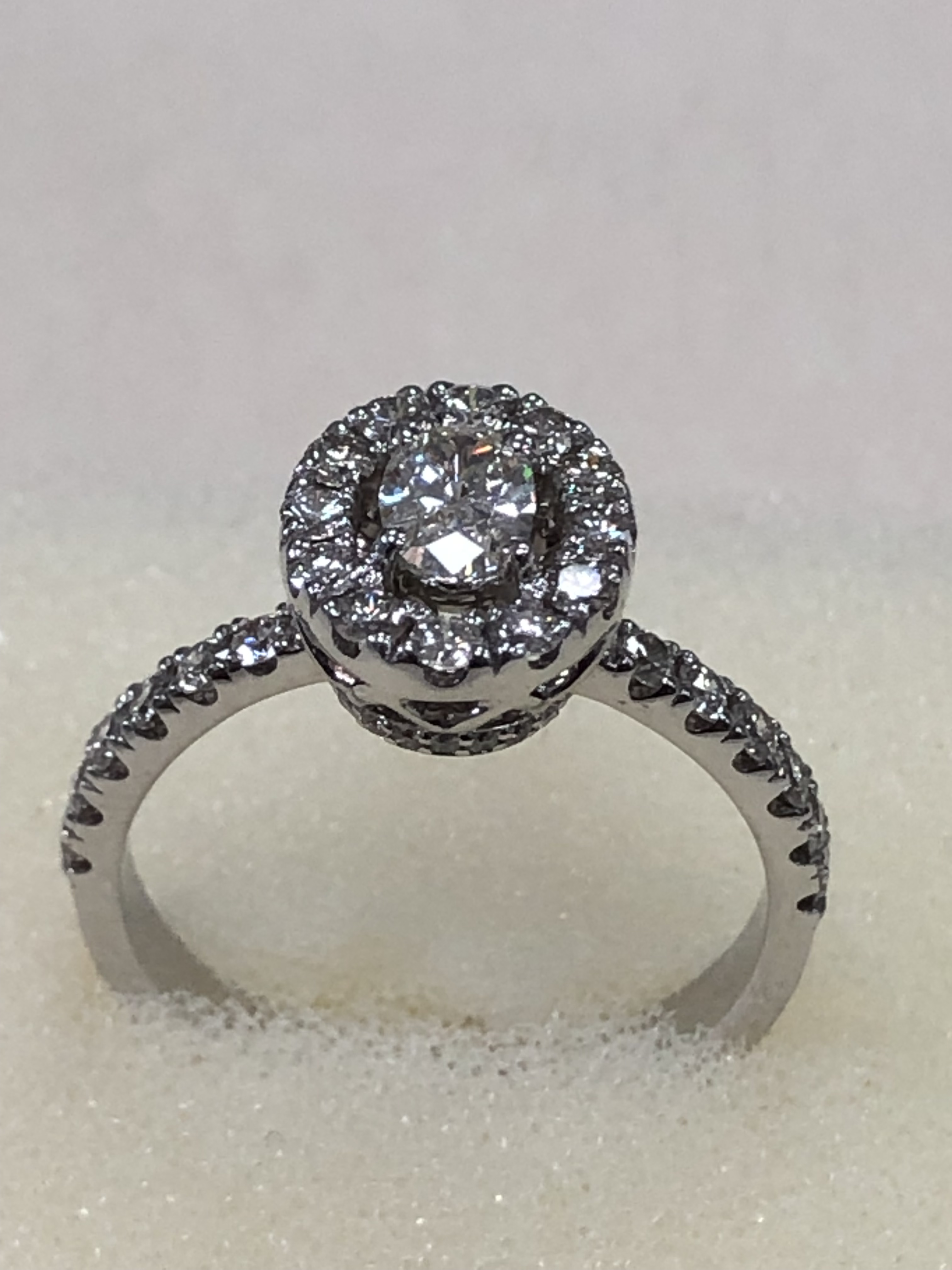 Кольцо из белого золота 5101SH39
