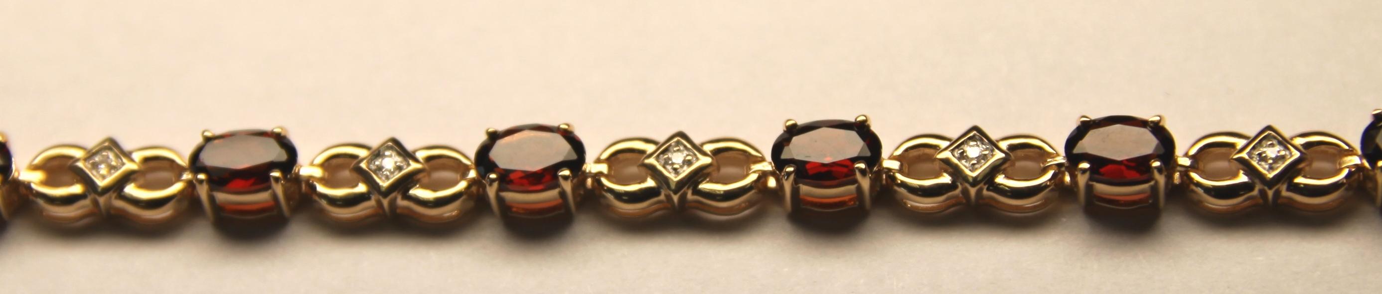 Золотой браслет с бриллиантом и топазом арт. 810079кт 810079кт
